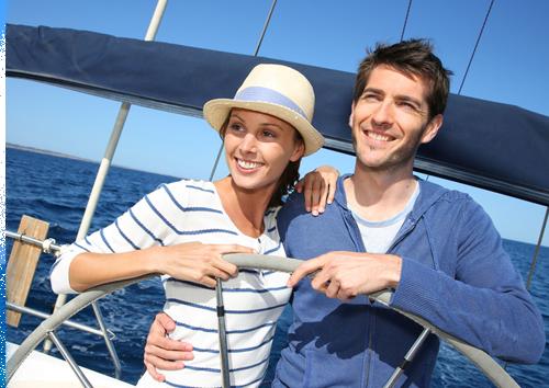 Alquila un velero con o sin patrón